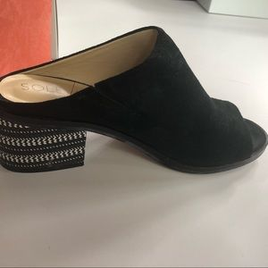 GUC SOLE SOCIETY BLACK SUEDE MULES